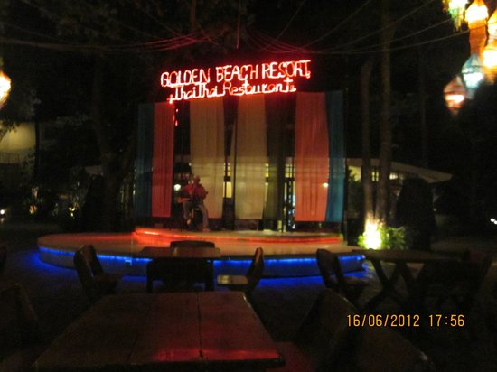 Golden Beach Resort:                   Open air restaurant