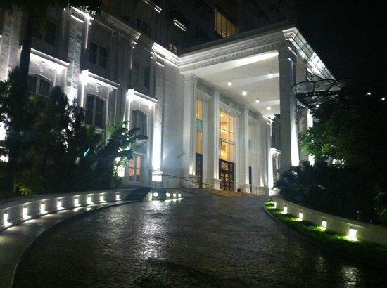 Indochine Palace :                   Hotel
