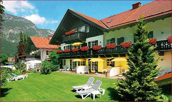 Photo of Hotel Edelweiss Garmisch-Partenkirchen