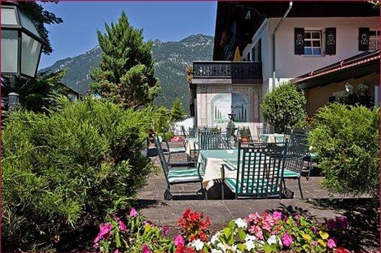 Hotel Edelweiss: Hotel-Terrasse