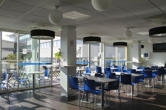 Ibis Budget Marseille l'Estaque : Salle petit dejeuner