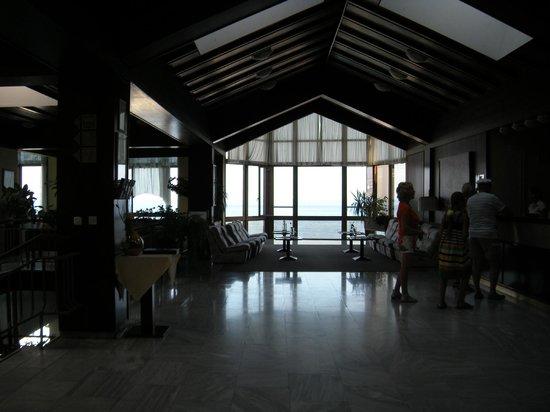 Smart Selection Hotel Istra: hall con vista mare