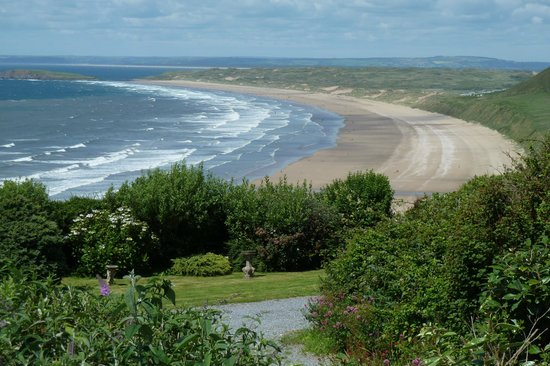 Glenview Guest House :                   Don't miss Rhossili Beach, 20 min by car