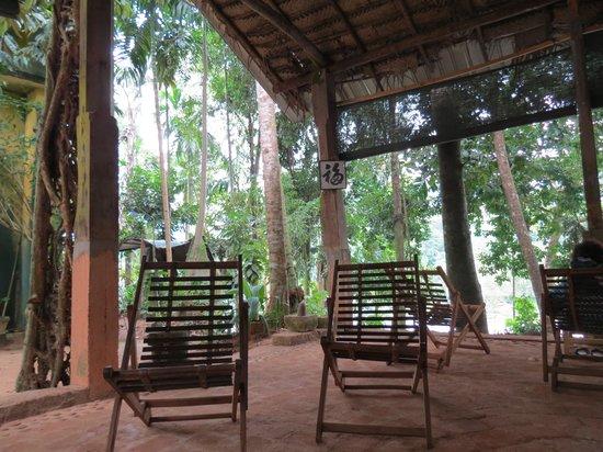 Rafters Retreat:                   main area