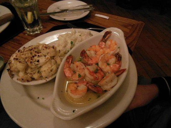 Max's Seafood Cafe: Brioled Jumbo Shrimp