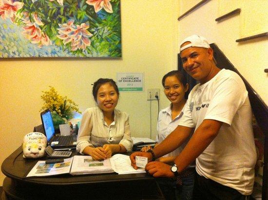Jade Hotel: la réception & moi