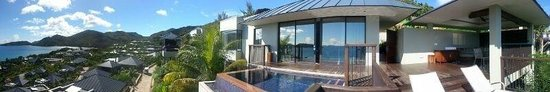 Raffles Seychelles: panoramic view of the villa