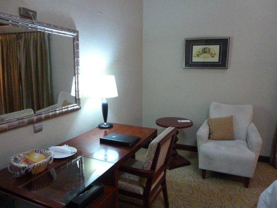 Chelsea Hotel: Bedroom