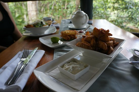 Treehouse Restaurant:                   Afternoon Tea