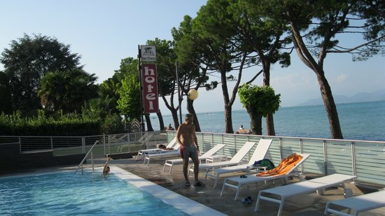 Hotel San Marco: scorcio piscina