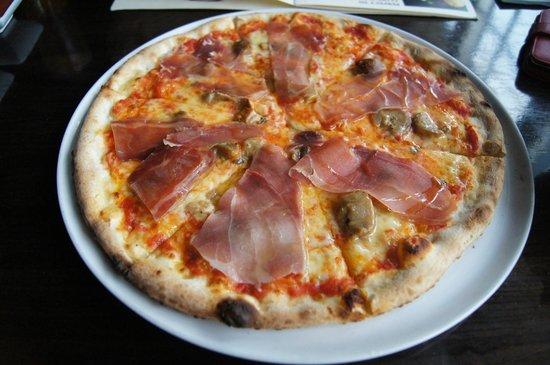 Bucatini with Pork Bacon, Pecorino Romano Cheese, and Fresh Tomato ...