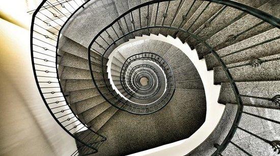 The Panari Hotel:                   Stone stairwell