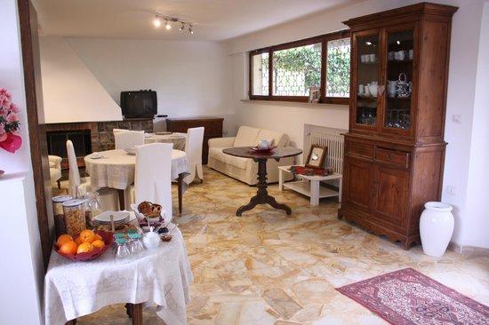 B&B Villa Aurora: Sala colazioni