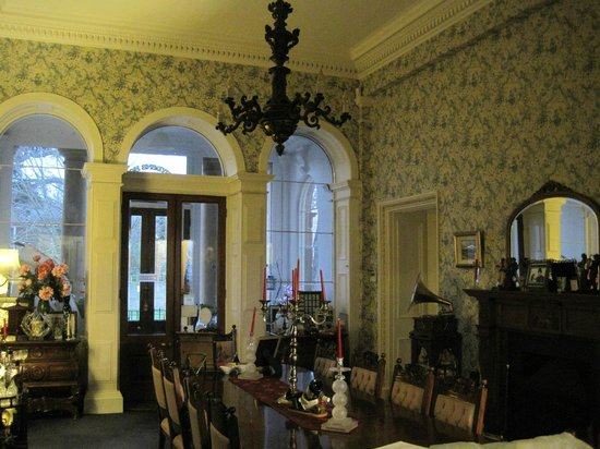 Abbeydene House : Grand Entrance Hall