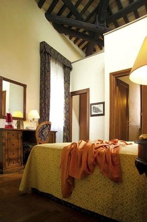 Hotel Teatro Pace: Double room