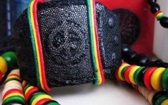 Zazamira: accessories