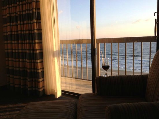 Wyndham Virginia Beach Oceanfront:                   view
