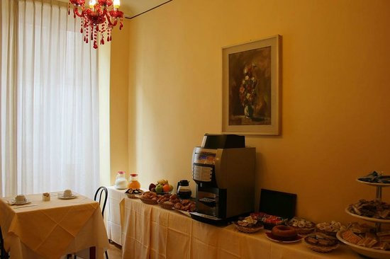 Hotel Romagna: Breakfast room