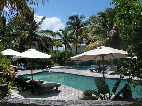 Emeraude Beach Attitude: La piscine