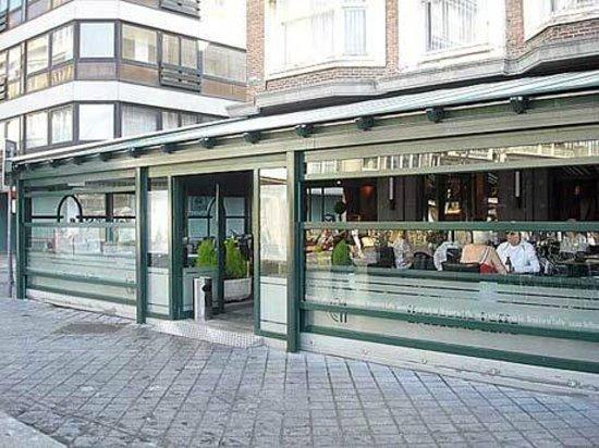 Cafe Leffe Oostende:                   brasserie leffe