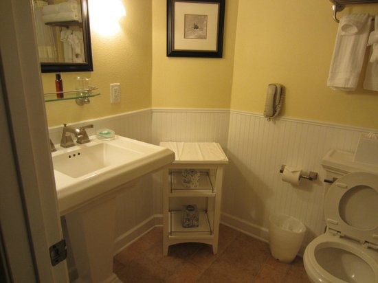 Kingsmill Resort: Bathroom