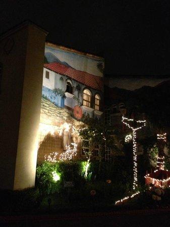 Casa Conde Hotel & Suites: Aussenbereich Hotel