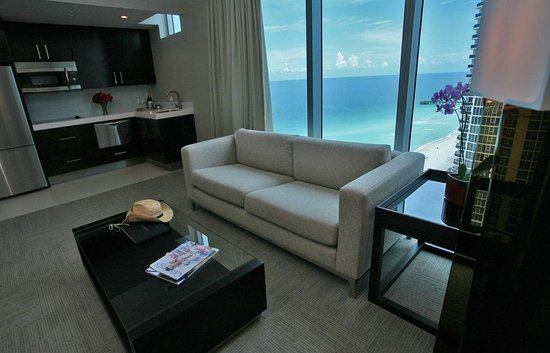 Sole on the Ocean: Ocean View Suite