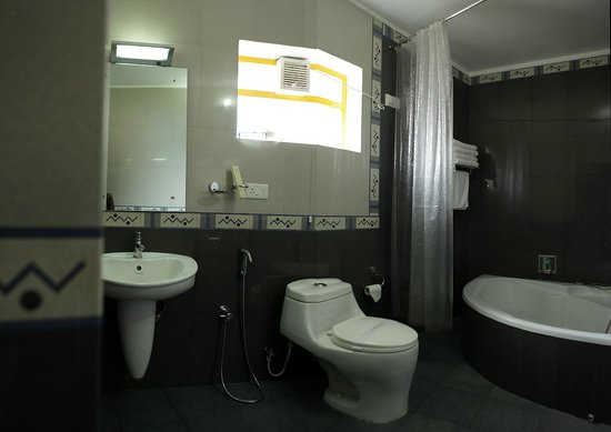Meadows Residency - Ooty: Bathroom