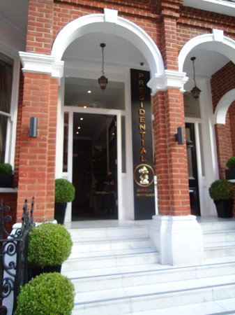 Presidential Apartments Kensington: Fachada do hotel