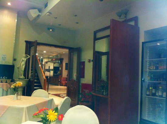 Emmantina Hotel: Restaurant