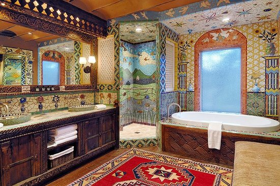 Inn of the Five Graces: Mosaic Tile Bathroom
