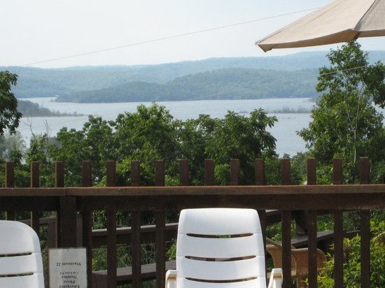 Rocky Branch Resort : Lake view from pool and patio