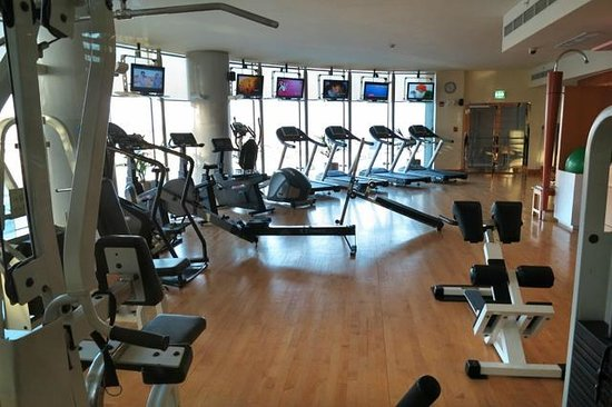 J5 Hotels - Port Saeed: Well equipped gym