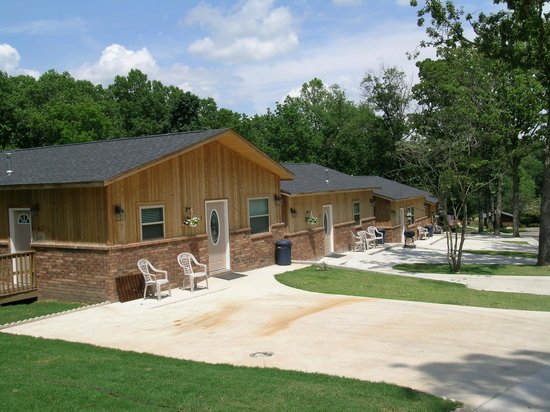 Candlewyck Cove Resort: Cabins