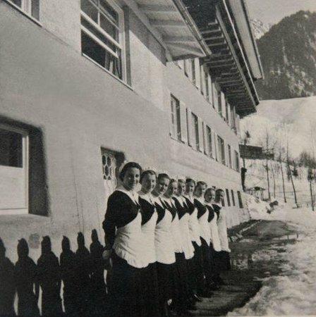 Hotel Prinz-Luitpold-Bad: Saaltöchter 1930