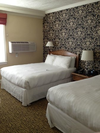 The Lafayette Hotel, Swim Club & Bungalows:                   Room a bit small but cozy