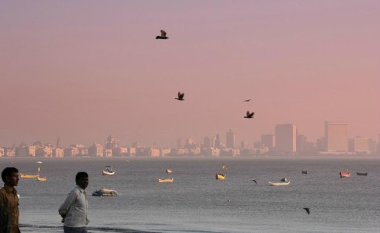 Nariman Point (far right) seen from the northern end of Marine Drive