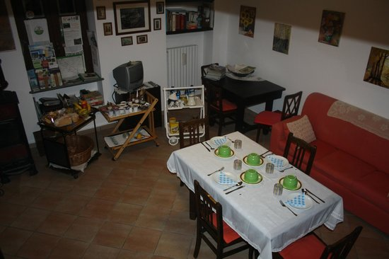 Bed and Breakfast Chalet Bessa: La Sala colazioni
