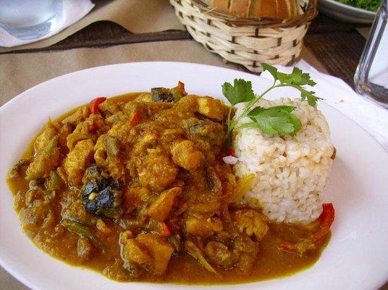 Delapanza : El pollo al curry que comí con timbal de arroz integral