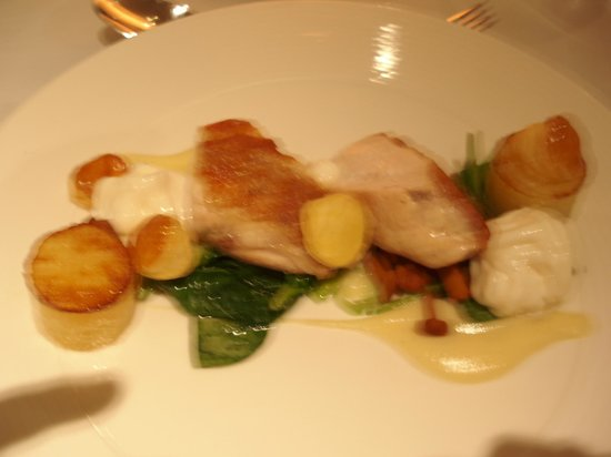 The Spa Hotel at Ribby Hall Village: Chicken main course