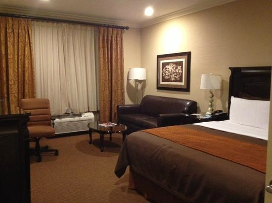 Ayres Hotel & Spa Moreno Valley:                   Ayers room