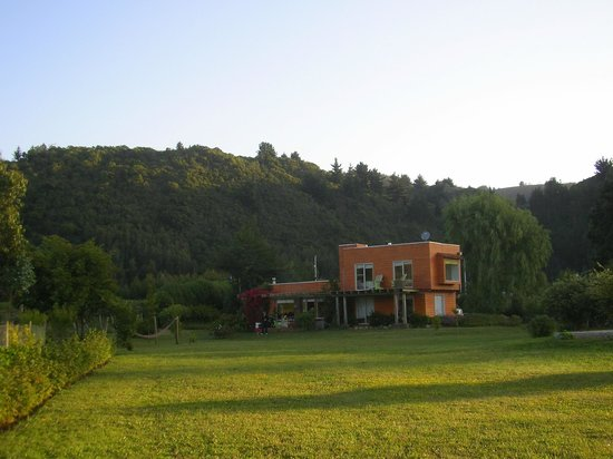 Los Maquis Hotel: View from the garden