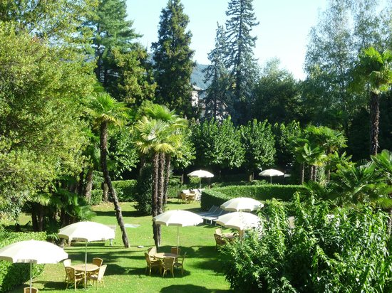 Hotel Simplon: Another view of the grounds