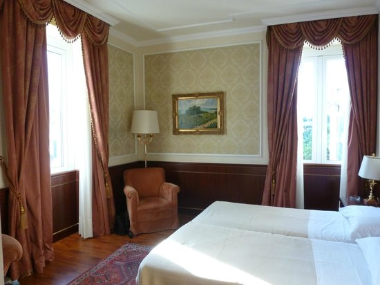 Hotel Simplon: Our bedroom