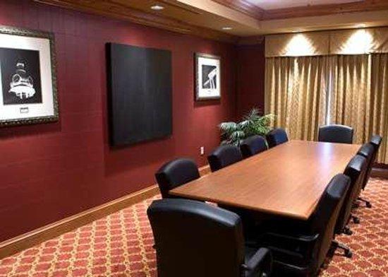 Hampton Inn & Suites Murfreesboro: Boardroom for Meetings