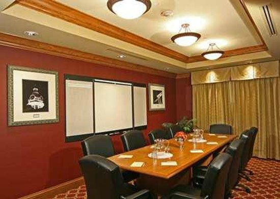 Hampton Inn & Suites Murfreesboro: Board Room for Meetings