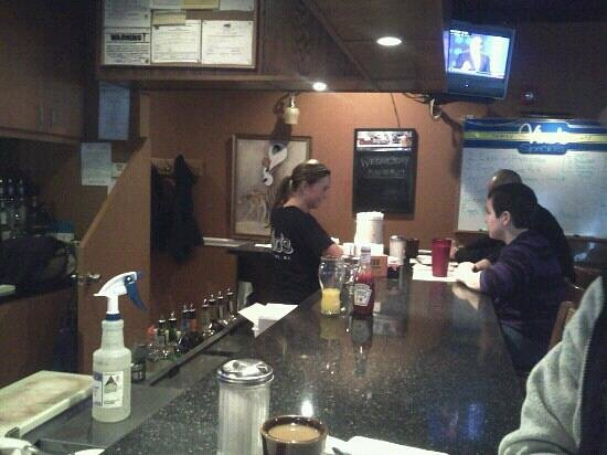 Vino's Family Cafe: Sarah hard at work