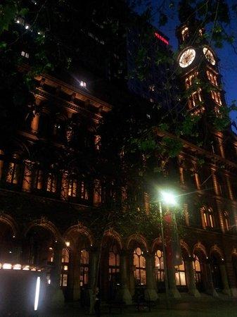 The Westin Sydney:                   tower