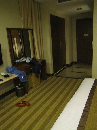 Muong Thanh Hanoi Hotel: entrée de la chambre