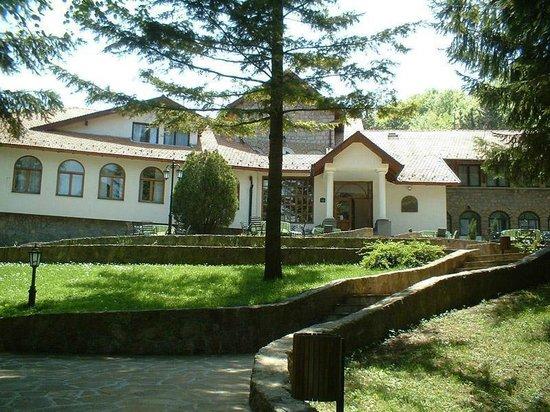 Nature Park Stara Planina :                                     Tigar Hotel Planinarski Dom